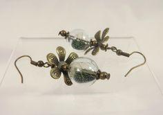 Boucles d oreilles bulles de verre, graines de pissenlit, micro billes vertes : Boucles d'oreille par long-nathalie