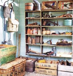 Pretty shed interior - want to combine practicality with good looks in my shed