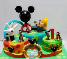Best mickey cake everrr by Bellinas on Facebook