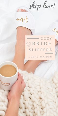 Boho Home Decor Wear your wedding robe, sip on bubbly, and wear these adorable bride slippers for you and your bridesmaids. Getting ready before the ceremony is one of the most memorable parts of your big day! Bridesmaid Gifts From Bride, Bridesmaid Tips, Will You Be My Bridesmaid Gifts, Bridesmaid Gift Bags, Bridesmaid Proposal Box, Bride Gifts, Wedding Gifts, Bridesmaids, Bride Slippers