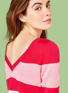 Viscose Sweaters with colorful Stripes. Check out the New Women's Arrivals from Benetton's Spring Summer 2017 Collection Online! Benetton, Color Stripes, Dress Up, Spring Summer, Woman, Sweaters, Collection, Tops, Style