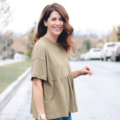 I have loved drop waist ruffle tees for a few seasons now. They are perfect to pair with jeans or leggings and make a great basic necessity in your Pretty Clothes, Pretty Outfits, Jillian Harris, Shopping Day, Drop Waist, Cold Shoulder Dress, Hairstyles, Tees, My Style