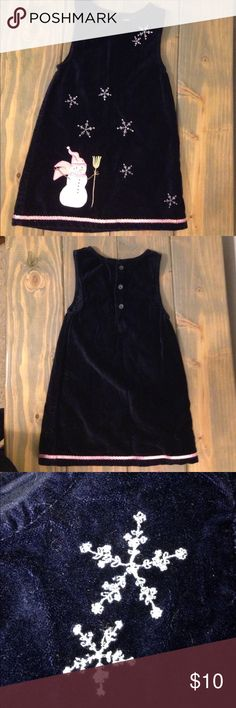 Adorable Snowman Slip Style Dress - Size 3T Adorable Navy Slip Dress with detailed snowman and embroidered snowflakes. This comes from a smoke free home. Sonoma Dresses Casual