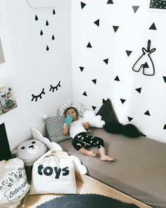 Need more white inspirations? Click and get inspired by Circu luxury with furniture for kids' bedrooms: CIRCU. Baby Bedroom, Kids Bedroom, Bedroom Ideas, Bath Toy Storage, Baby Lane, Monochrome Nursery, Kids Room Design, Kid Spaces, Kid Beds