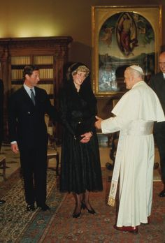 April 29, 1985: Prince Charles & Princess Diana meet Pope John Paul II at the Vatican in Rome. Day 11