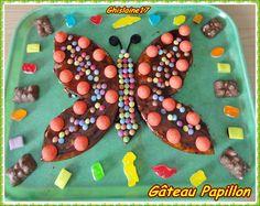 GATEAU PAPILLON - Gâteau au yaourt et pépites de chocolat Source : pour le gâteau : Site Croquons la vie  ... et pour la forme : Forum Les Gâteaux Rigolos   Pour le gâteau : 150 g de...