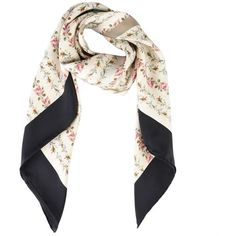 Gucci Floral Fake Logo Scarf (21,170 DOP) ❤ liked on Polyvore featuring accessories, scarves, gucci, floral scarves, gucci scarves, faux-fur scarves and gucci shawl