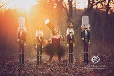 Gosh...in love. Child girl Christmas photography nutcracker theme...gorgeous