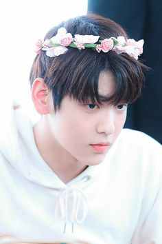 txt (Credits to the real owner/s) Flower Boys, K Idols, Pretty Boys, Wattpad, Picture Collection, Kpop Groups, Bts Jungkook, Flower Crown, Twitter