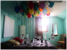 The Idea: Fill 30 balloons with helium and attach a ribbon with a photo for each year of the person's life at the end of the balloon. Gather them all together (I used the bed for photo support) in any room in your house and wait for the birthday surprise. Best 30th Birthday Gifts, Best Friend Birthday Surprise, Cute Birthday Ideas, Birthday Parties, Happy Birthday, Birthday Surprises, Birthday Morning, Birthday Wishes, Ideas Lindas Para Cumpleaños