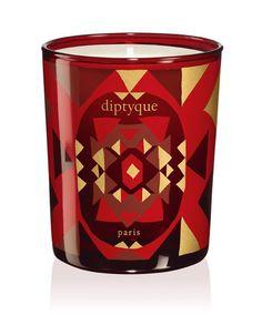 Bougie noel Dyptique http://www.vogue.fr/mode/shopping/diaporama/bougie-parfumee-noel/10628/image/645463#bougie-noel-dyptique
