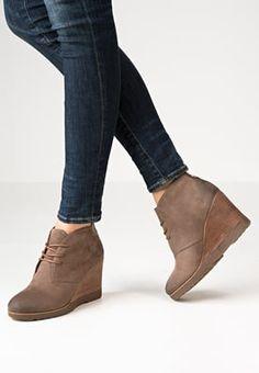 Bottines & Boots TOM TAILOR Bottines compensées - sand sable: 59,95 € chez…