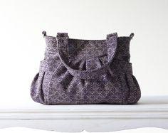 Purple pattern wool bag €48