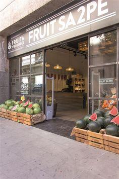 2 fruit sa2pe # retail #fruits Pineado por Pilar Escolano