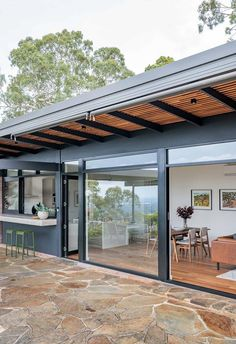Clad Home, Terrace Floor, Mid Century Exterior, Casa Loft, Modern Pergola, Australian Homes, Mid Century House, Modern House Design, Future House