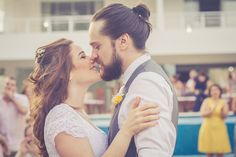 Casamento Intimista (mini wedding) - Beijo do casal