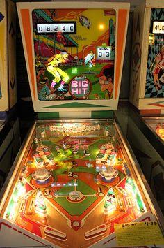 Big Hit pinball machine made by Gottlieb in 1977