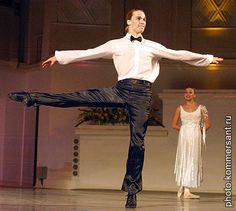 """The Big Waltz"" ""New Georgian Ballet of Tamaz Meri Vashakidze.     Александр Смольянинов.    http://sakartvelo-ballet.ru/"