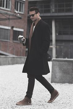 41 Cool Casual Men Winter Outfits To Wear Now - Suitable Fashion Ideas for You Mens Winter Coat, Mens Fall, Fall Winter, Casual Winter, Winter Clothes For Men, Dress Clothes For Men, Mens Style Winter, Winter Tips, Mode Man