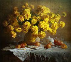 Honey paints of autumn by Luiza Gelts - Луиза Гельтс on Still Life 2, Still Life Photos, Arte Floral, Still Life Photography, Flower Vases, Pretty Flowers, Wedding Events, Honey, Autumn