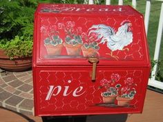 Red Bread Pie Box