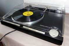 PIONEER PL-L1000 TANGENTIAL TRACKING DIRECT DRIVE AUDIOPHILE TURNTABLE