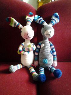 Snuf konijn....mijn eerste grote knuffels...heb er intussen al de nodige gemaakt voor meisjes en jongens. Leuk zwangerschapkado.