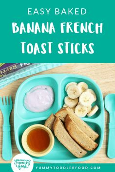 Make a batch of these French Toast Sticks whenever you have time, store them in the freezer and warm them in seconds for quick weekday breakfasts! Banana French Toast, French Toast Bake, Baby Food Recipes, Gourmet Recipes, Snack Recipes, Toddler Recipes, French Toast Sticks, Baked Banana, Toddler Snacks