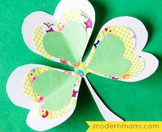 St. Patrick's Day Shamrock Crafts for Kids: How to Make Pretty Shamrock Flowers #StPatricksDay #kidscrafts