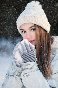 Snow Photos, Snow Photography, Snow Poses, Posing Teens, Winter Poses, Snow Senior Pictures, Senior Pictures In Snow, Winter Photos, Girl Poses In Snow, Posing Girls In Snow, Girl Poses In Winter