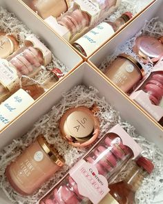"""18 Bridesmaid Proposal Gift Ideas to Ask """"Will You Be My Bridesmaid?"""" - Bridesmaid Proposal Gift Ideas to Ask """"Will You Be My Bridesmaid?"""" – 18 Bridesmaid Proposal Gift Ideas to Ask """"Will You Be… - Bridesmaid Gifts From Bride, Bridesmaid Gift Boxes, Bridesmaid Proposal Gifts, Bridesmaid Makeup, Brides Maid Gifts, Bridesmaid Gifts Will You Be My, How To Ask Your Bridesmaids, Brides Maid Proposal, Groomsmen Proposal"""