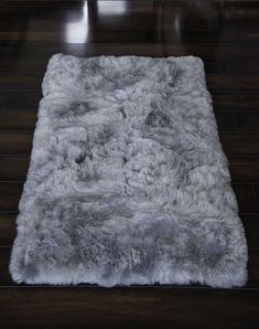 Hua Alpaca rug, fur rug in Light Gray Bedroom Carpet, Living Room Carpet, Living Room Grey, Living Rooms, Grey Fur Rug, Fluffy Rugs Bedroom, Alpaca Rug, Suri Alpaca, Alpaca Throw