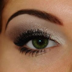 makeup ideas for small eyes with hooded lids...good ideas without the shimmer