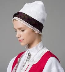 Providing information, photos and general knowledge of Norwegian bunad, festdrakts and folkdrakt. Folk Costume, Costumes, Safari, Frozen Costume, Band, Accessories, Norway, Knowledge, Sewing