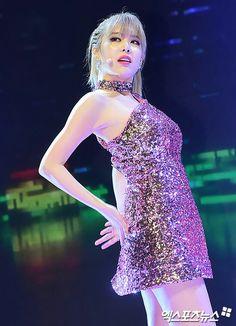 T-ara Qri #Kpop #pretty #concert #blond #armpit