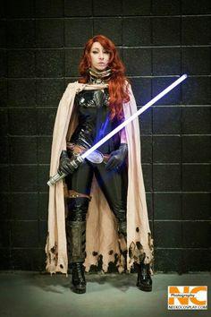Deanna Davis as Mara Jade Comic Costume, Cosplay Costumes, Star Wars Celebration, Star Wars Girls, Best Cosplay, Awesome Cosplay, Star Wars Rpg, Star Wars Characters, Cosplay Girls