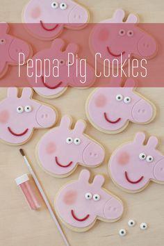 Hoy os traigo el tutorial de las galletas de Peppa Pig  que hice para la fiesta de la susodicha  pero que luego, tal y como os conté, olvidé...