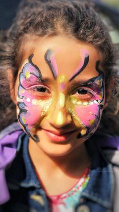 A smile is the best make-up a girl van wear. #MerilynMonroe #memoriesframing