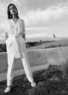 Fashion Editorial Vogue Minimalist New Ideas Minimal Chic, Minimal Fashion, Work Wardrobe, Capsule Wardrobe, Mode Editorials, Editorial Fashion, Fashion Trends, Spring Summer Fashion, Minimalism