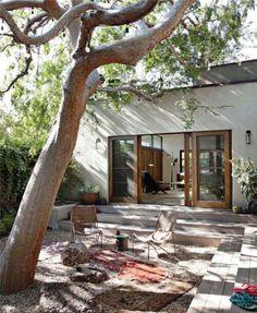 20 Bohemian Room Decor Ideas for the Ultimate Free Spirit - Exterior Design Outdoor Rooms, Outdoor Gardens, Zen Gardens, Garden Oasis, Indoor Outdoor Living, Outdoor Kitchens, Outdoor Life, Outdoor Dining, Bohemian Room Decor