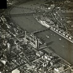 London is a city with lots of buildings and ancient architectures. They are showed in an amazing collection of vintage aerial photos below t. Vintage London, Old London, London City, Tower Bridge London, Tower Of London, Old Pictures, Old Photos, Westminster Bridge, London History