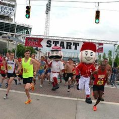 The start of the Redlegs Run. This is the closest Mr. Red and Mr. Redlegs ever got to the front of the pack.