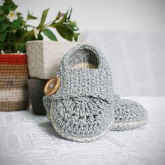 marcus baby booties crochet pattern