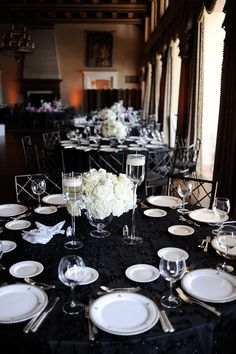 classic black and white wedding reception Black & White Maryland Wedding Video: Mary + Travis White Wedding Decorations, Wedding Table Settings, Black And White Centerpieces, Decor Wedding, Black And White Wedding Theme, Black White Weddings, Black Silver Wedding, Gold Wedding, Deco Table