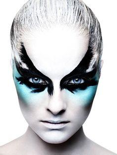 ANN RAMIREZ AGENCY galery make-up Caroline Saulnier by Rankin