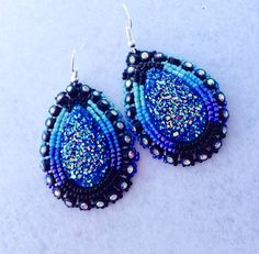 Just like at the powwow Native American Beaded Earrings by KianiKine on Etsy (Diné) Native Beadwork, Native American Beadwork, Native American Jewelry, Beading Patterns, Beading Ideas, Beaded Jewelry, Beaded Bracelets, Beadwork Designs, Bead Earrings