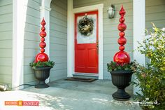 Elegantly decorate your entryway w/ @kennethwingard's Holiday Ornament Obelisk! For all things Christmas, tune in to Home and Family weekdays at 10/9c on Hallmark Channel!
