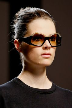 Fendi Spring 2013 RTW - Details - Fashion Week - Runway, Fashion Shows and Collections - Vogue