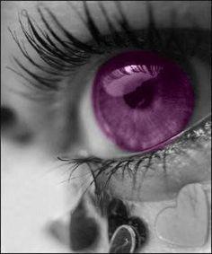 Leng Marie, you should have purple eyes. Purple Love, All Things Purple, Shades Of Purple, Deep Purple, Purple And Black, Purple Stuff, Blue, Pretty Eyes, Cool Eyes
