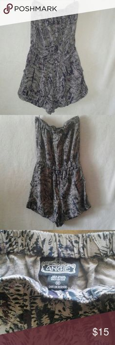 Strapless Romper Women's strapless romper. Beautiful colors. Very comfortable. Also has pockets. Angie Tops